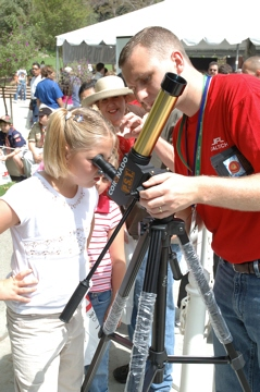 Solar observing at the Jet Propulsion Laboratory open house