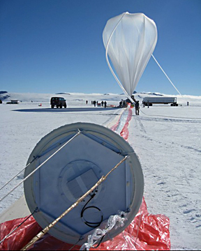Launch of a super pressure pumpkin balloon from Antarctica