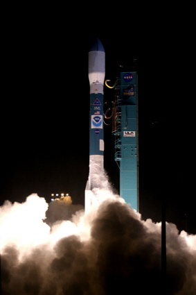 Delta II rocket / NOAA-N Prime weather satellite launch